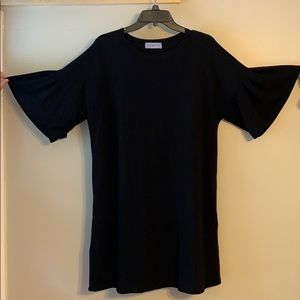 Dresses & Skirts - Black cotton dress with bell sleeve